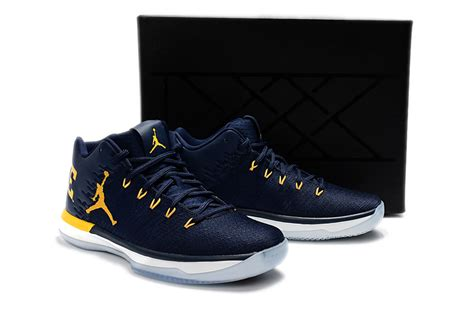 Nike Air Jordan Xxxi Low Michigan Deep Blue Yellow Men