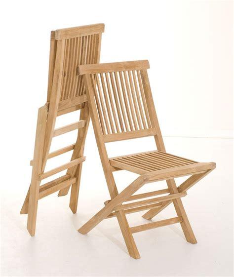 chaise pliante en bois salon de jardin en teck sumbara 19 1 table ronde et 2