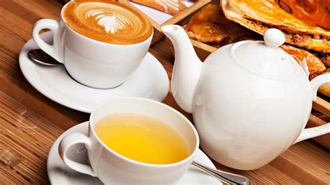 Coffee popularity, some would say that tea is the winner, but not by a long shot. Tea vs. Coffee for Weight loss: Which is better?