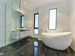 Kleine Moderne Badezimmer : 135 kleine badewannen freistehend und eingebaut ~ Markanthonyermac.com Haus und Dekorationen