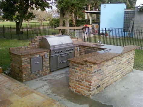 gas fireplace insert rocks 1001 ideen für außenküche selber bauen 23 beispiele für