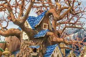 Chip 39n39 Dale39s Treehouse At Disneyland Things You Need