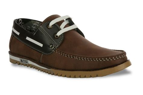 Boat Shoes Pants by Pair These Pair Of Shoe Island Boat Shoes With Your Khaki