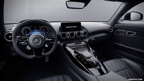 It offers muscular engine performance, rewarding. 2021 Mercedes-AMG GT Coupe and Roadster Coupe - Interior ...