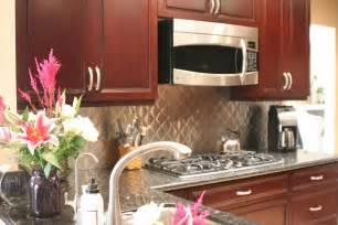 kitchen backsplash cherry cabinets kitchen backsplash ideas for cherry cabinets