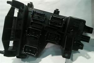 02-05 Dodge Ram 1500 Hemi Integrated Relay Fuse Box P  N  56049011ai -oem