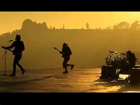 30 Seconds To Mars Debut Kings And Queens Video Guitar
