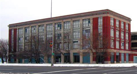 File:Highland Park Ford plant.jpg - Wikimedia Commons