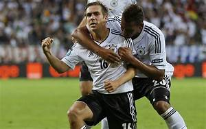 The football player of Bayern Philipp Lahm on the field ...