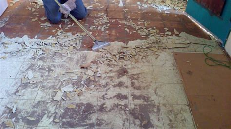 removing kitchen tile floor easiest way to remove linoleum floor tile in a kitchen 4711