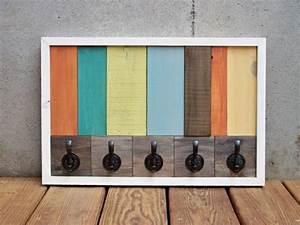 Palette En Bois Pas Cher : porte manteau mural design en palettes diy ~ Dallasstarsshop.com Idées de Décoration