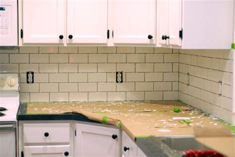 diy tile kitchen backsplash kitchen backsplash subway tile home decorating ideas