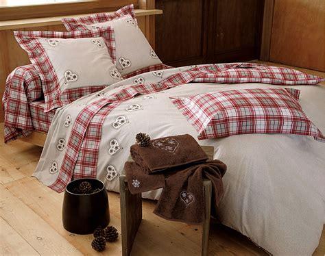 linge de lit coeurs et carreaux becquet