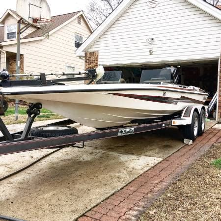 Bass Boats For Sale St Louis by 1990 Bass Cat Pantera 2 8000 Boats For Sale St