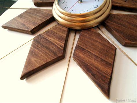 Mid Century Modern esque Starburst Clock   Reality Daydream