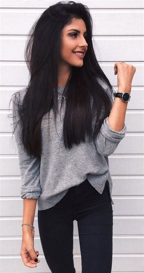 Long hair and skinny jeans on Stylevore