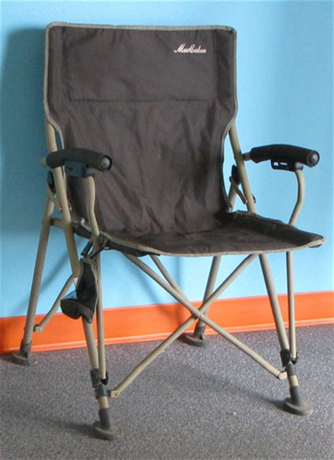 Maccabee Folding Chairs Cing by Maccabee Army Green C Chair With Carry Bag