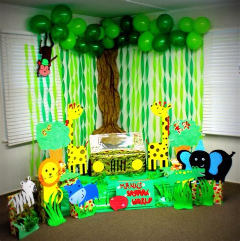 Hand Made Jungle Safari Photo Booth For My Son's Birthday