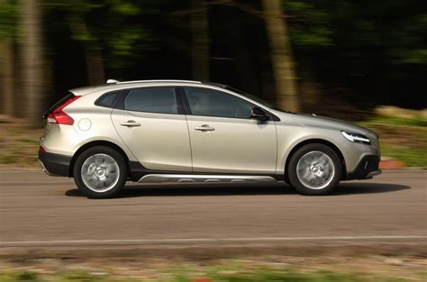 Review Volvo V40 Cross Country by 2016 Volvo V40 Cross Country D2 Review Review Autocar
