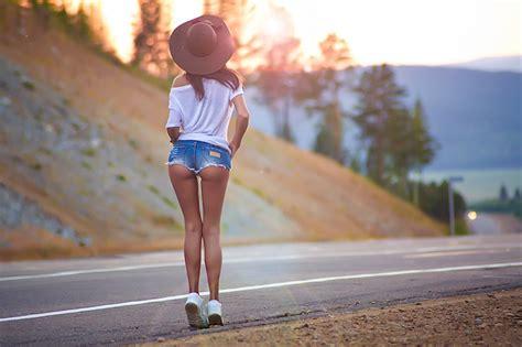 Wallpaper Sports Women Outdoors Sunset Brunette Ass