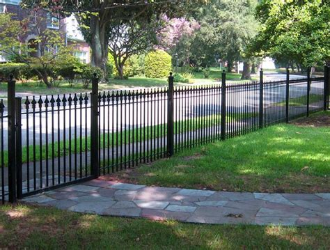 Backyard Fence Options by Front Yard Fence Ideas Landscaping Network