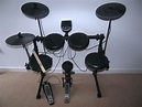 Alesis DM6 USB Electronic Drum Kit with Cymbals , Hi-Hat ...