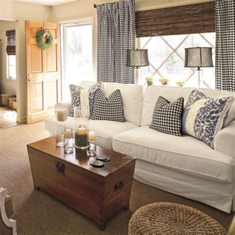 Cottage Living Room Curtain Ideas  Interior Design