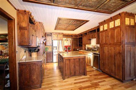 western style kitchen cabinets western kitchen decor western style kitchen western 7031