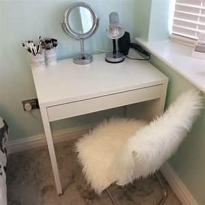 Table De Maquillage Ikea : love my micke ikea desk coiffeuse pinterest mobilier de salon chambre et bureau ~ Nature-et-papiers.com Idées de Décoration