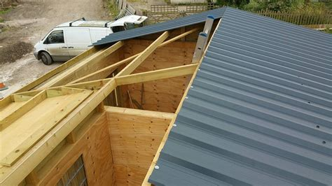 fitted sheet create a purlin framework how to roofing guides