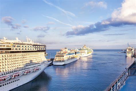 rct  cruise terminal   port  civitavecchia