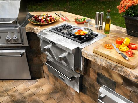 outdoor kitchens grilling  chilling   great