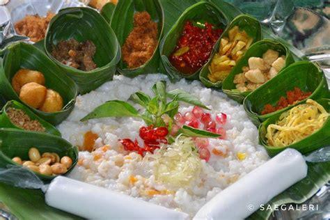 tradisi unik  indonesia  menyambut