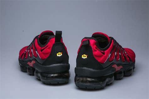 nike air vapormax  tn red black sneakers womens mens