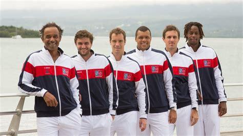 tennis les francais partent en trombe en guadeloupe