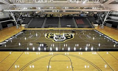 Oakland Unveils Black Basketball Court Which Is Even More