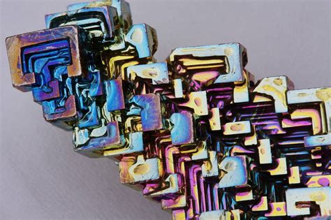 what does siege bismuth beautiful diamagnetic chemical element kuriositas