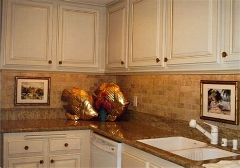 Kitchen Countertop And Backsplash Combinations by I Like The Combo Of Brick Set Backsplash