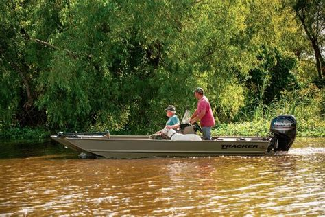 Boat Manufacturers In Indiana by For Sale New 2014 Tracker Boats Grizzly 1860 Center