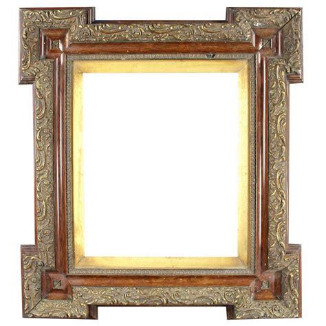 pair   century victorian frames