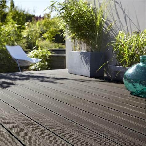 terrasse composite leroy merlin lame bois leroy merlin promo lame pour terrasse achat planche composite grafik 2 noir