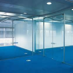 Space Pro Schiebetüren : high end glass partitions partition systems on architonic ~ Frokenaadalensverden.com Haus und Dekorationen