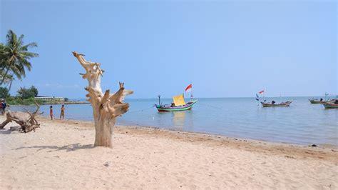 pesona pantai kelapa tuban  terlahir  cibiran