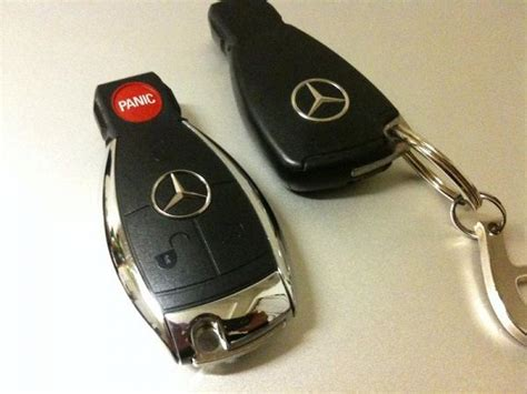 For the smart key pull the latch at the end of the key holder, stick your key horizontally into the open slot. How to change Mercedes-Benz key battery (either chrome key or smart key)? | naijauto.com
