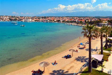 Croazia Novalja Appartamenti by Novalja Isola Di Pag Appartamenti Spiagge E Attivit 224