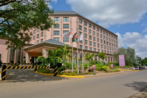 bureau hotel crown forex bureau nairobi national park best binary