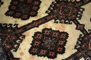 Blutflecken Aus Teppich Entfernen : flecken aus teppich beautiful hand mit einem bleistift macht flecken auf dem teppich weberei ~ Watch28wear.com Haus und Dekorationen