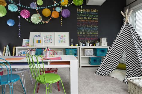 decorate  playroom