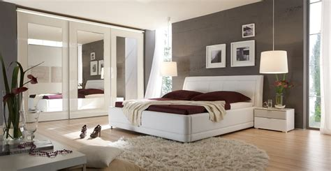 schlafzimmer in weiß möbelhaus friedrich schönste betten für ihr schlafzimmer