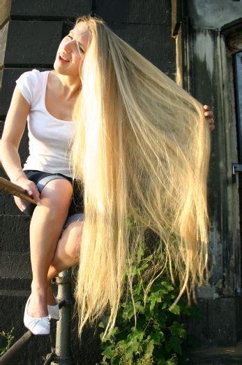 dtrkopi by looooonghairs via flickr szőke hajak hair long hair styles és curls for long hair